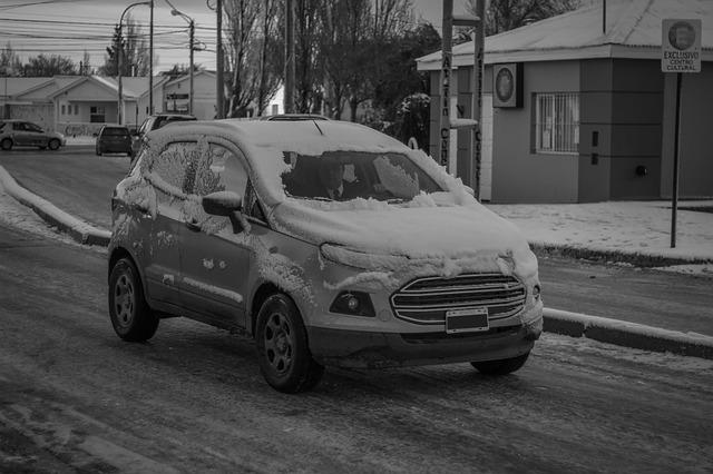 auto zima sníh