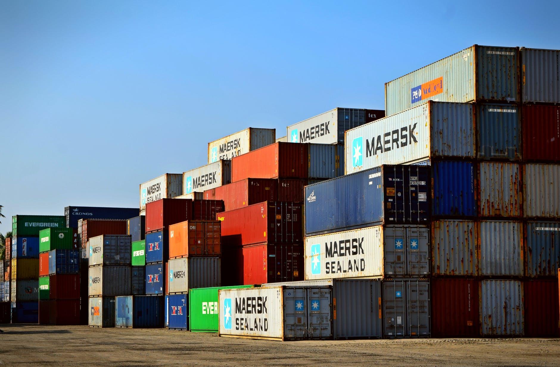 kontejnery zboží
